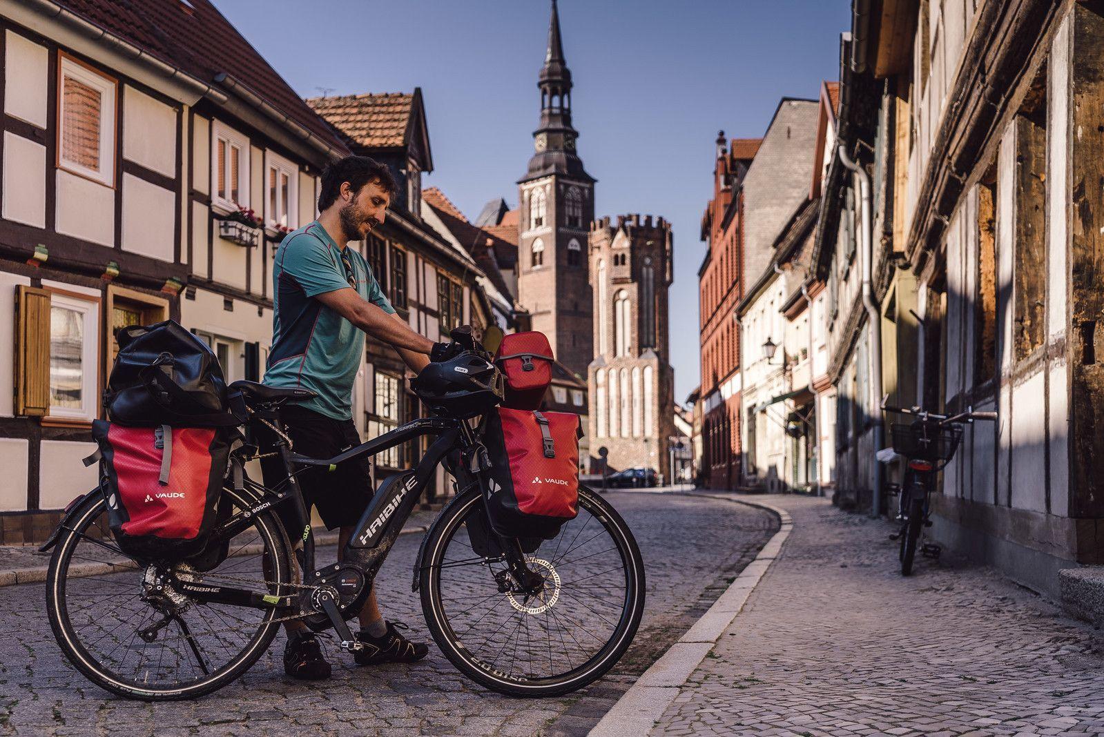 Rowery elektryczne trekkingowe - turystyka XXI wieku