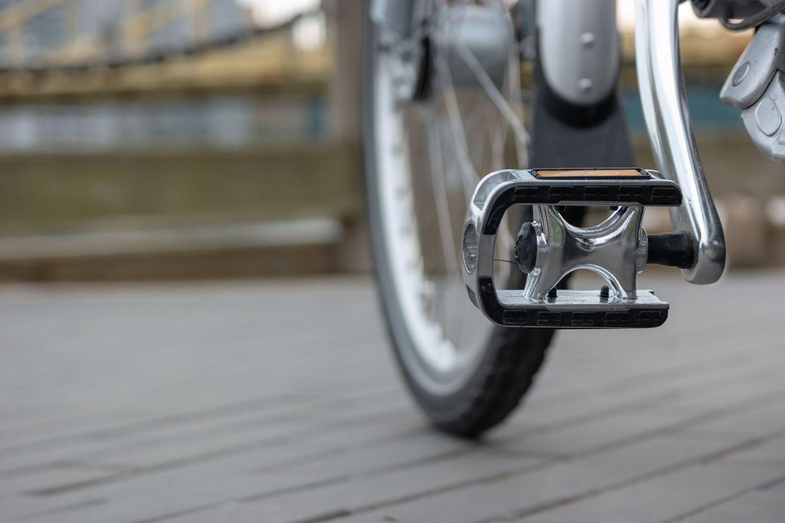 Na co zwrócić szczególną uwagę, wymieniając pedały rowerowe?