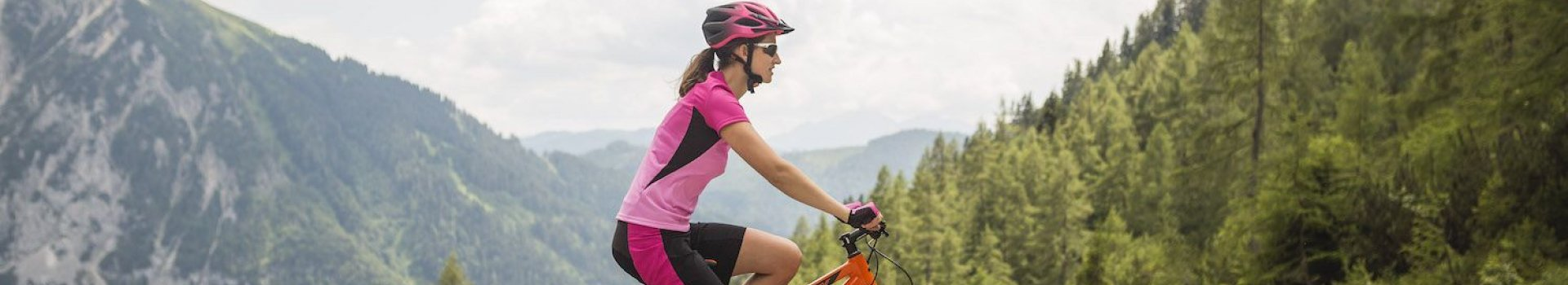 Dlaczego odzież na rower odgrywa istotną rolę?