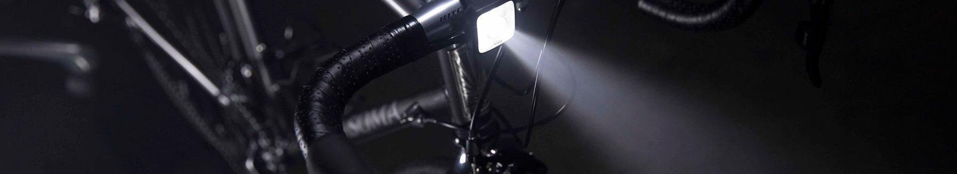 Oświetlenie rowerowe - dlaczego nie warto na nim oszczędzać?