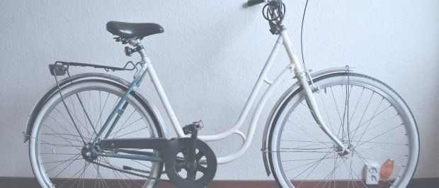 Osłona na ramę rowerową – przydatny dodatek czy zbędny gadżet?