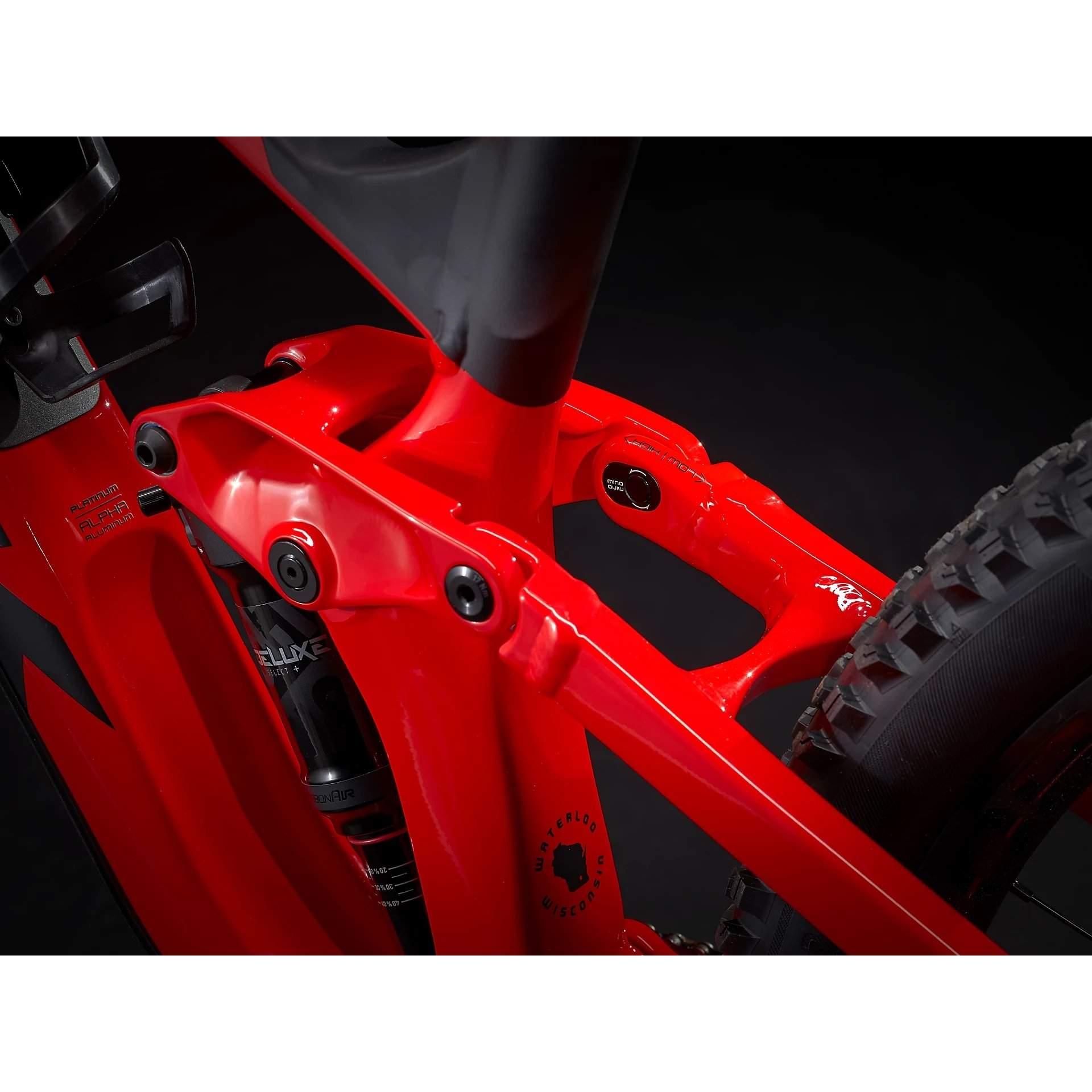 ROWER TREK SLASH 7 GLOSS RADIOACTIVE RED|MATTE BLACK 9